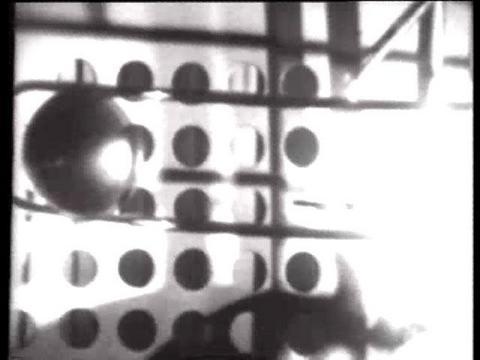 László Moholy-Nagy, «Light Display: Black-White-Grey», 1930
