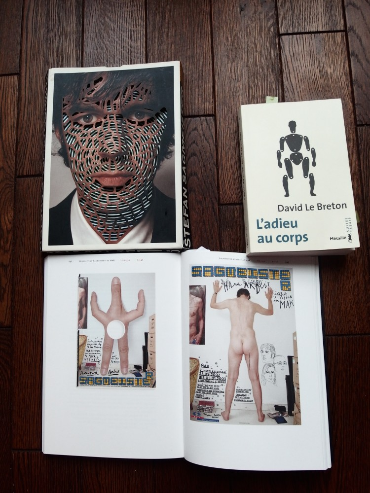 dont carton d'invitation pour l'exposition de Stefan Sagmeister au Mak, 2002