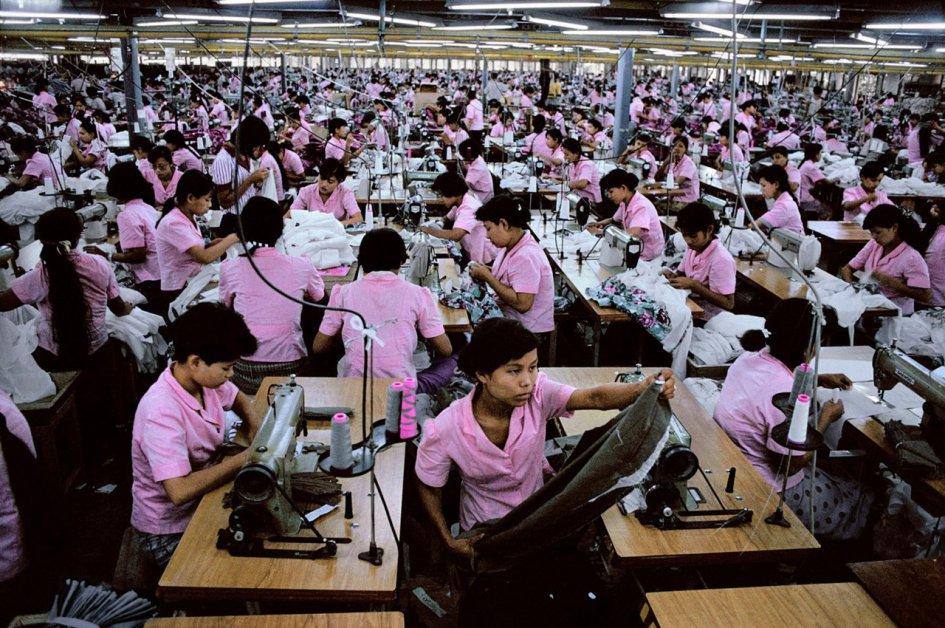Photographie d'ateliers en Birmanie source : http://www.ambafrance-mm.org/Le-secteur-du-textile-en-Birmanie